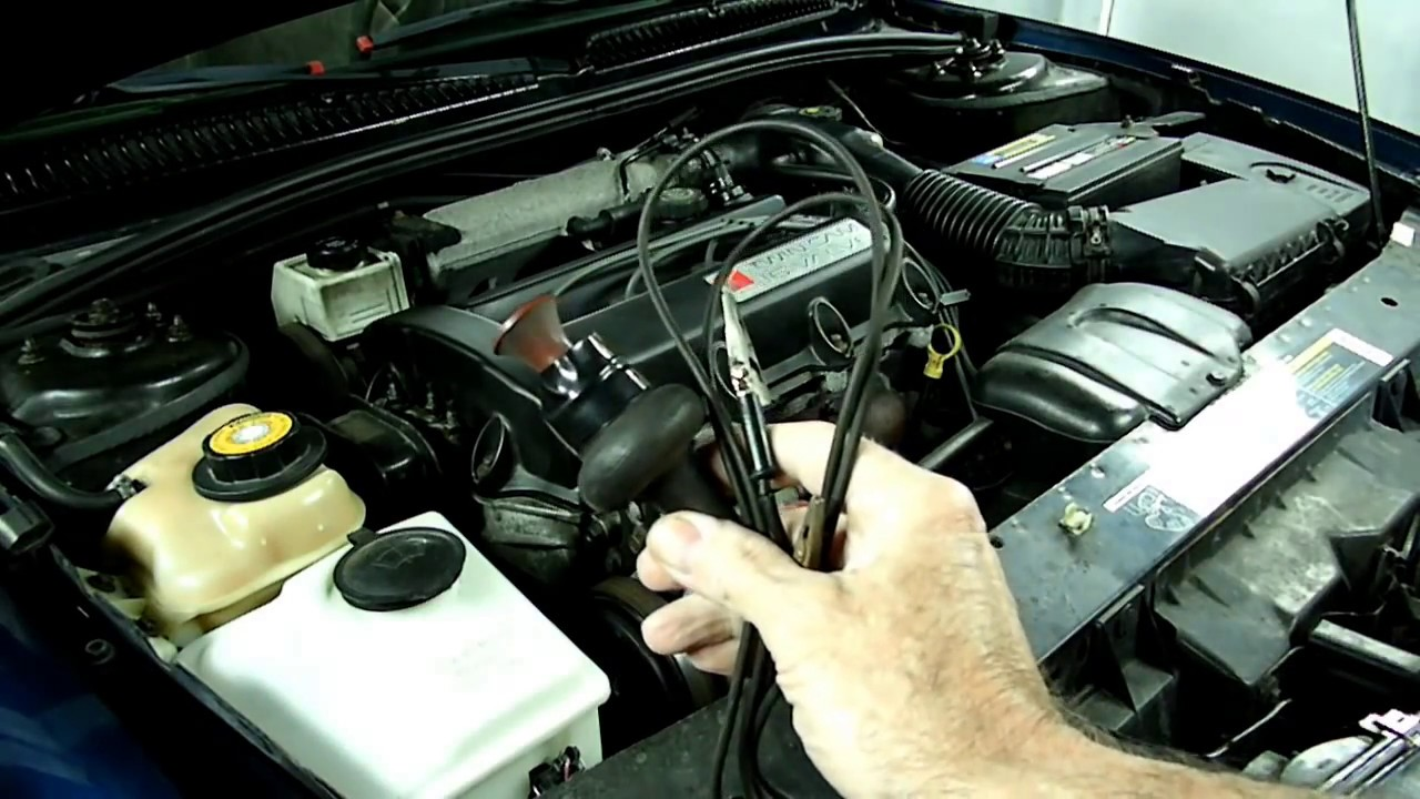 do cars with manual starters need a battery to start